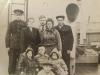 Судовая команда, с детьми на палубе лихтера.1970-гг.